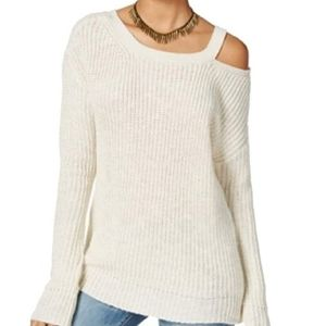 NWT American Rag White Oversize Sweater Shoulder